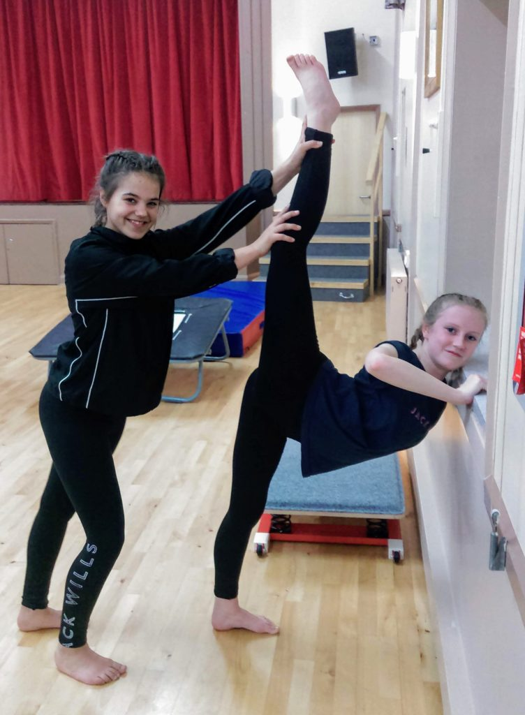 Are girls more flexible than boys? - Excelsior